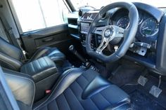 //Land Rover Defender 90 2.4 TDci XS Station Wagon - Land Rover Defender Icon