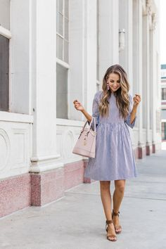 How to Make A Bell Sleeve Fit and Flare Dress Style Année 70, Style Retro, Looks Style, Classy Style, Classy Casual, Mode Outfits, Fashion Outfits, Womens Fashion, Dress Fashion