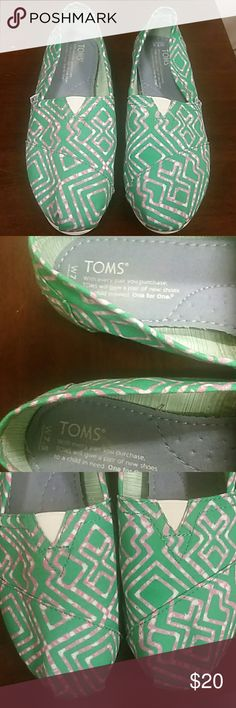 Toms Shoes Toms green,white, rose comfortable shoes 1 wear. Toms Shoes Flats & Loafers