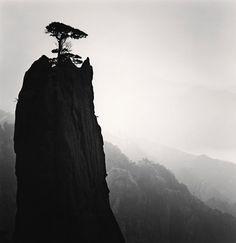 Michael Kenna. Huangshan Mountains, Anhui, China 2009. S)