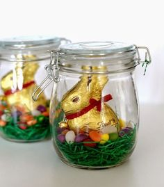 Easter jars make for lovely Easter decorations and Easter gifts. It's so easy to find jars to upcycle and these Easter crafts are easy and look great. # easter decorations Easter Jars - Easter Gifts and Decor