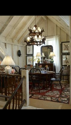 cozy cottage-style dining room set up under the eaves of this home Rustic Cottage, Cozy Cottage, Cottage Living, Cottage Homes, Style At Home, Deco Champetre, Sweet Home, Cabins And Cottages, Cottage Interiors