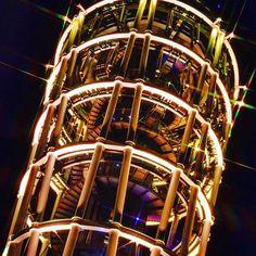 Instagram【miyabi.misery】さんの写真をピンしています。 《#夜空 #空 #灯台 #江ノ島 #イルミネーション #夜景 #landscape #landscape_captures  #nighview #night_captures #nightsky #nightscene #illumination #lighthouse #nikon #nikonp900 #nikonphotography #神奈川カメラ部 #夜景ら部》