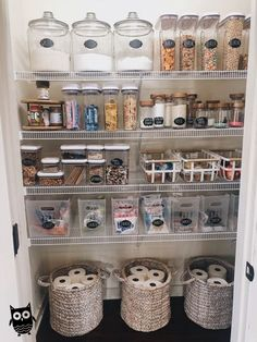 How to create a perfectly organized pantry. Get inspired to reorganize your pantry with these ideas. How to create a perfectly organized pantry. Get inspired to reorganize your pantry with these ideas. Kitchen Organization Pantry, Kitchen Pantry, Home Organization, Kitchen Storage, Organized Pantry, Kitchen Ideas, Pantry Ideas, Pantry Diy, Kitchen Cabinets