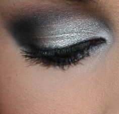 Grey Smokey Eye Makeup How To
