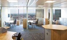 Schlichte Büroräume - einfach und überschaubar. Mehr Infos: http://www.werkzeugweber.de/beraten-planen-liefern/ #workdesk #work #company #office #mitarbeiter
