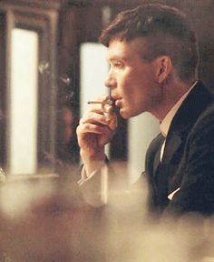 Peaky Blinders GIF - the ubiquitous cigarette