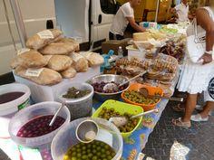 """Mercato"", Sestri Levante Liguria Italia (Luglio) Sestri Levante, Stuffed Mushrooms, Vegetables, Food, Italia, Stuff Mushrooms, Veggies, Vegetable Recipes, Meals"