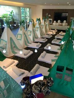 Girls teepee party
