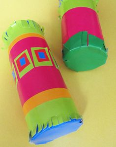 Children will love making these colorful rain sticks from recycled materials! Adapt the craft for either a Spring themed party or a Jungle themed party to bring Barefoot stories to life!