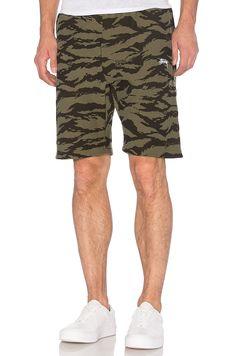 Stussy Stock Fleece Shorts in Camo