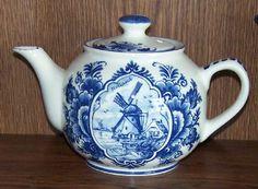 Must have - Delft Teapot