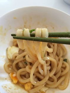 【レシピ】いとうあさこ絶賛!「うまだれ油うどん」が超簡単なのに美味い! はてなブックマーク - 【レシピ】いとうあさこ絶賛!「うまだれ油うどん」が超簡単なのに美味い! http://blog-imgs-65.fc2.com/k/o/s/kosstyle/IMG_5593.jpg