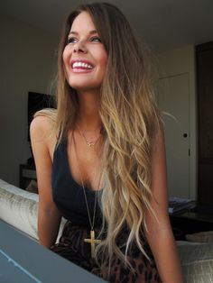 Long brown to blonde hair...wish I had the guts to do this. I'll do pink but I'm afraid of ombre!