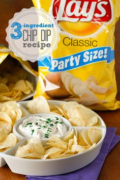If you're a chips and dip junkie, you're going to LOVE this out-of-this-world 3-ingredient chip dip recipe -- perfect for Super Bowl Sunday!