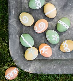To create these fun and funky Easter egg designs, dye your eggs using an egg dyeing kit and let dry completely: http://www.bhg.com/holidays/easter/eggs/quick-and-easy-easter-egg-decorations/?socsrc=bhgpin040214stickereggdesigns&page=13
