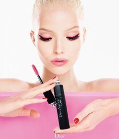 Voluminous Doe-Eye Lookbooks : Dior Addict Mascara