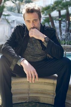 Jeffrey Dean Morgan, yes he is considered deliciousness