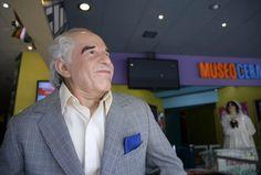 Figura de Gabriel García Márquez en el Museo de Cera de Guadalajara