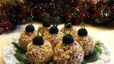New Ideas For Holiday Recipes Christmas Appetizers Cheese Vegetable Appetizers, Fruit Appetizers, Christmas Appetizers, Appetizers For Party, Fruit Snacks, Cheese Appetizers, Creative Christmas Food, New Year's Snacks, Christmas Bread