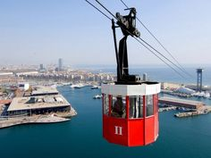 The 1450 metre long harbour aerial tramway with red cars connects Montjuic and Barceloneta. It starts in #Barceloneta on the top of the 78 metre tall Torre San Sebastian tower, which has also a restaurant at its top accessible by an elevator. #barcelona #spain #travel