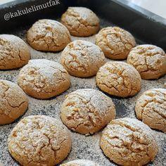 Image may contain: food Cookie Recipes, Vegan Recipes, Turkey Cake, Sweet Cookies, Tasty, Yummy Food, Italian Desserts, Turkish Recipes, Iftar
