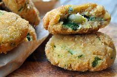 Frittelle di zucchine e ricotta con olive #estate2014