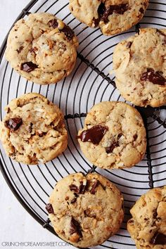 Toasted Coconut and Dark Chocolate Chunk Cookies - a cookie that has it all. You will love the toasted coconut and dark chocolate combination!  #recipe #cookies crunchycreamysweet.com
