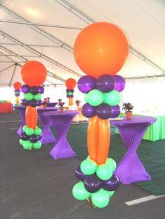 Balloon column.  #balloon-column #balloon-decor
