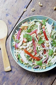 Easy Asian Slaw with Roasted Chicken - ready in 5 minutes! #glutenfree #summersoiree