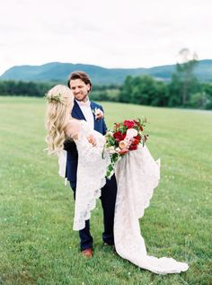 When a Blogger Gets Married With Her English Bulldogs in Tow | Pnina Tornai Sleeve Wedding Dress Boho French Quebec Grange Manson Barn Montreal Pink Blonde Hair Countryside