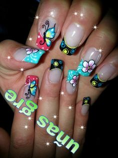 UN POCO DE MARIPOSAS Spring Nail Art, Nail Designs Spring, Spring Nails, Funky Nails, Love Nails, Pretty Nails, Christmas Nail Art Designs, Christmas Nails, Butterfly Nail
