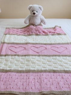 Baby Heart Blanket - Easy to knit with simple basic stitches - intheloopknitting.com