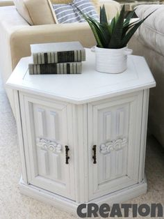 DIY painted end table!  domestic ingenuity