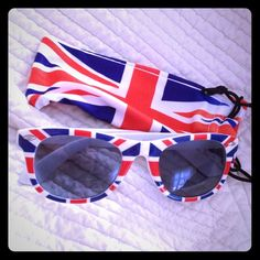 "Spotted while shopping on Poshmark: ""Union Jack UK English Flag Wayfarer Sunnies NEW""! #poshmark #fashion #shopping #style #Accessories"