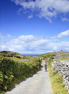 aran islands!!! the most beautiful place to ride a bicycle!