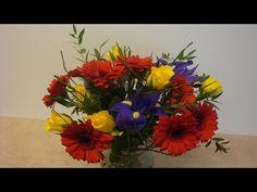 """Am Sonntag den 8. Mai ist Muttertag und mit ein Blumenstrauß für die Mutter und / oder Schwiegermutter kann man nichts falsch machen. In diesen Beitrag stellt dir """"Deko Ideen mit Flora-Shop"""" ein ko…"""