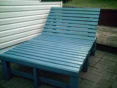 Pallet Garden Lounge Chair