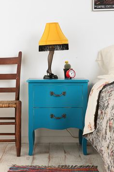 I kind of want you, ridiculous blue side table.