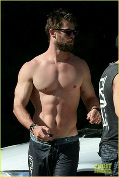 Chris Hemsworth..
