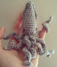 2000 Free Amigurumi Patterns: Make a young Kraken, free crochet pattern (Giant Squid)