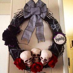 18 Black Grapevine Skull Halloween Wreath by BellaFioreCrafts ...