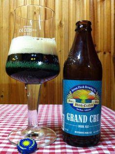 Cerveja Green Flash Grand Cru, estilo Belgian Dark Strong Ale, produzida por Green Flash Brewing, Estados Unidos. 9.1% ABV de álcool.