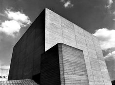 Royal National Theatre    South Bank, London    1967-76    Design: Denys Lasdun Architect
