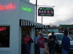 The line out the front door at McClards. Hot Springs, AR