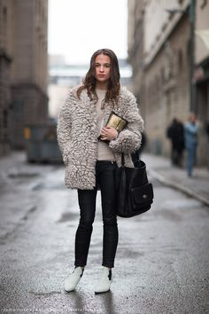 Alicia Vikander looking cozy as all get out in that schoogly fuzzy topper of hers. Carolines Mode | StockholmStreetStyle