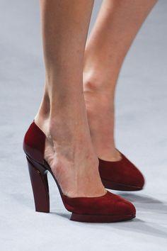 Nina Ricci Autumn/Winter 2014-15 Ready-To-Wear. Paris Fashion Week