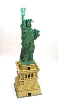 Liberty LEGO style by Nathan Sawaya