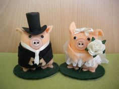 Bella the Bride Pig Wedding Cake Topper by ThingymaPig on Etsy, $12.50