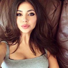 Brunette latina pornstar bottomless pussy ass booty butt for Tattooed pussy lips